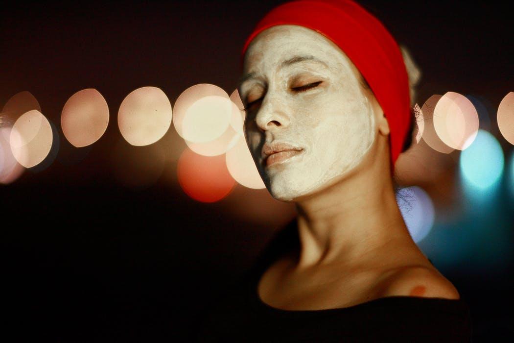 Facial_Treatment